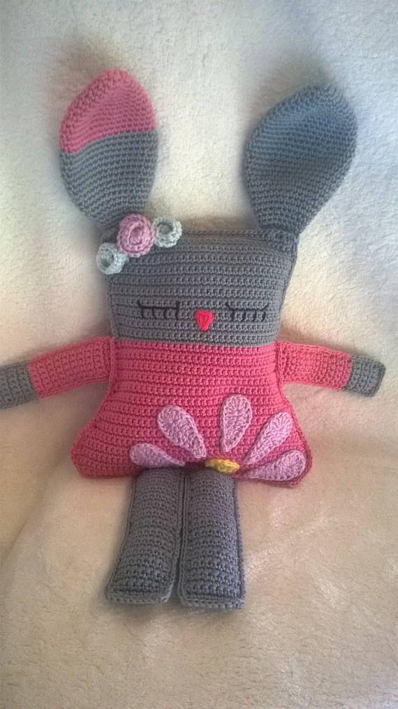 Cuddle bunny/pillow, crochet bunny, rag-doll bunny, gehaakt konijn, konijn, amigurumi bunny, bunny pillow, crochet baby gift, rag-doll