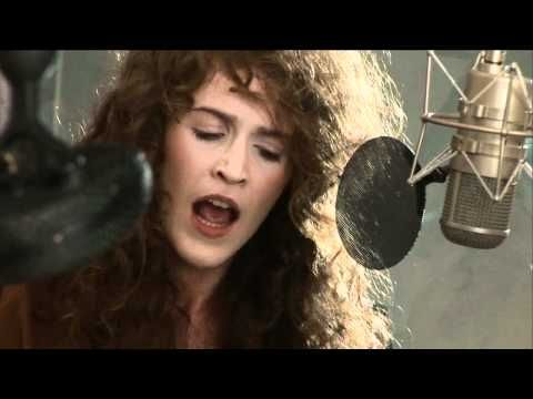 "Rae Morris, ""These Walls"""