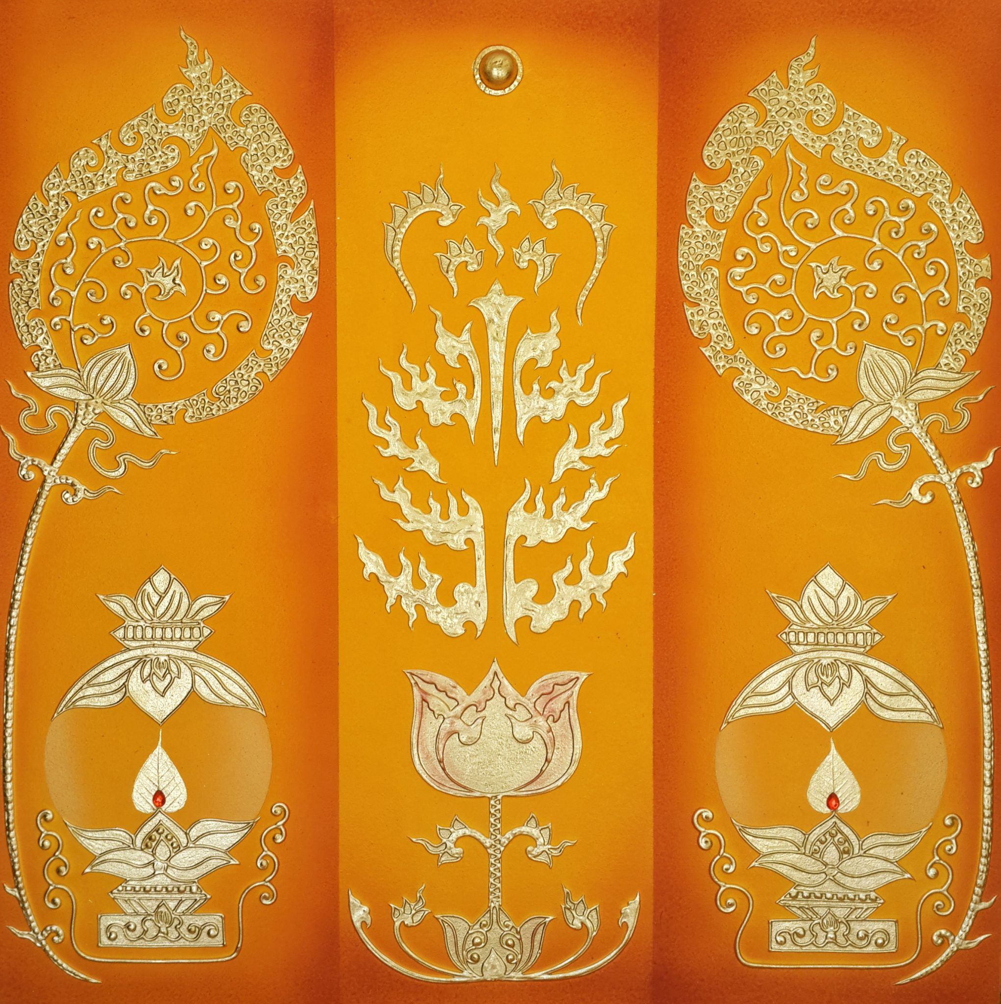 Lotus Decor Ancient Thai Pattern With Lighted Candles | Lotus ...