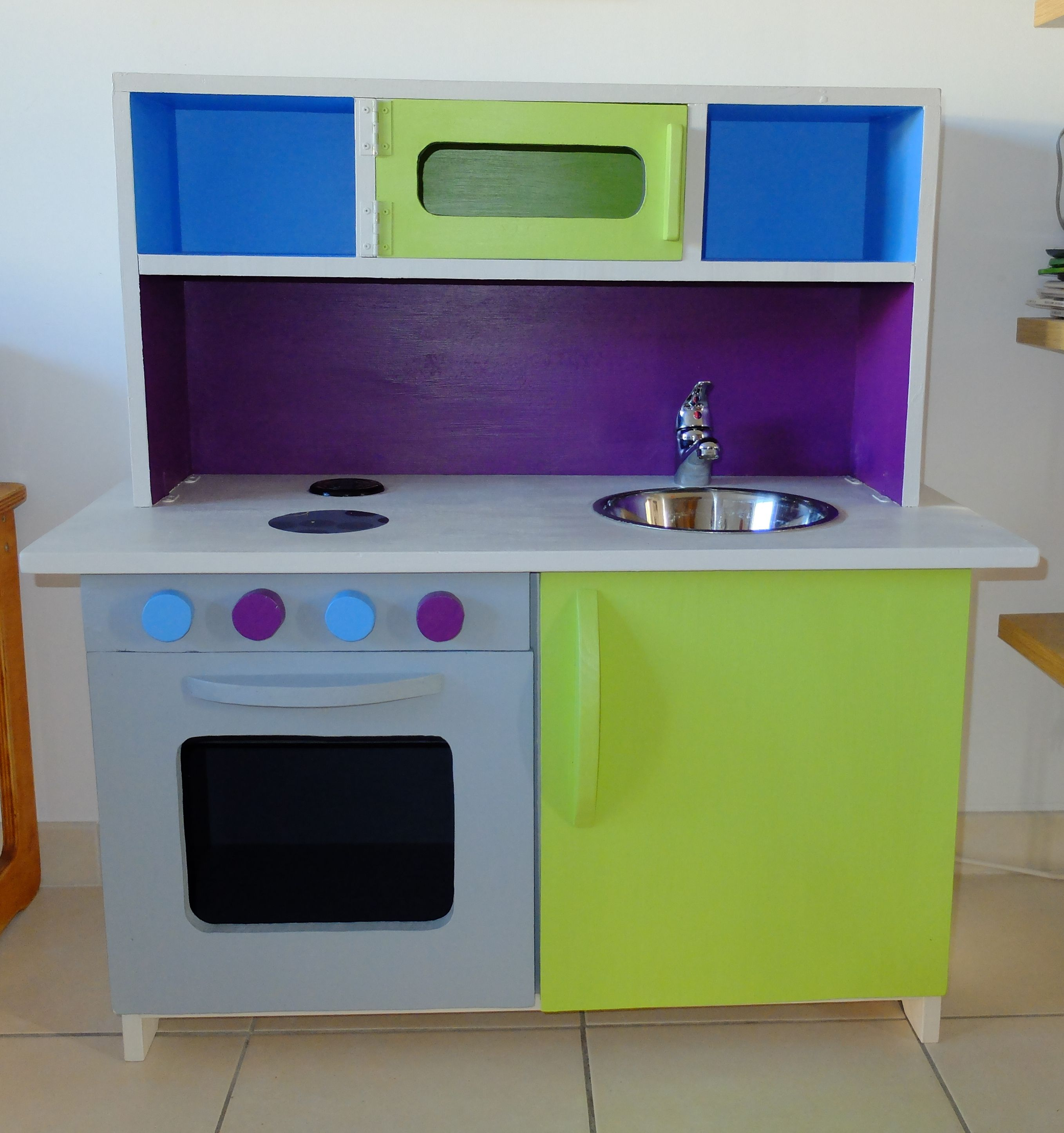 meuble cuisine pour enfants diy coin d nette pinterest meuble cuisine cuisine pour enfant. Black Bedroom Furniture Sets. Home Design Ideas