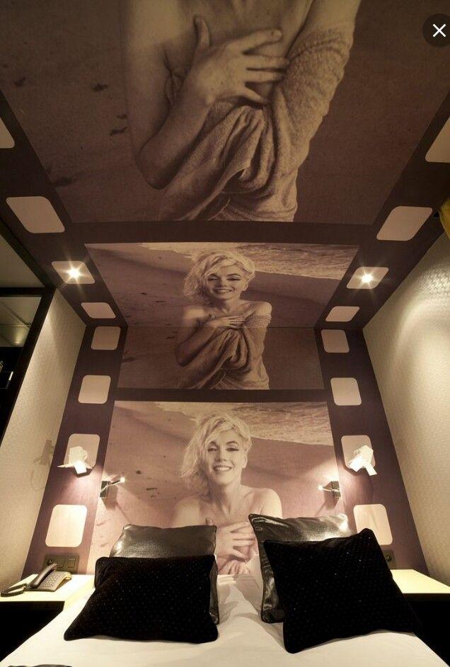 Marilyn Monroe Wallpaper Above Bed Marilyn Monroe Bedroom Marilyn Monroe Room Marilyn Monroe Decor
