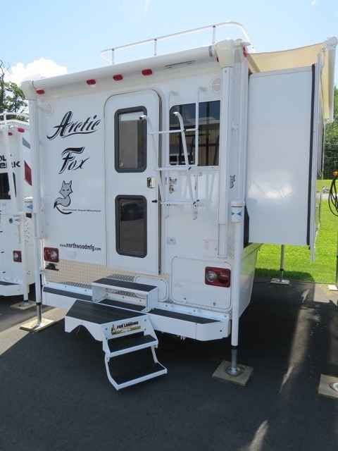 2016 New Northwood Mfg Arctic Fox 990 Truck Camper In New