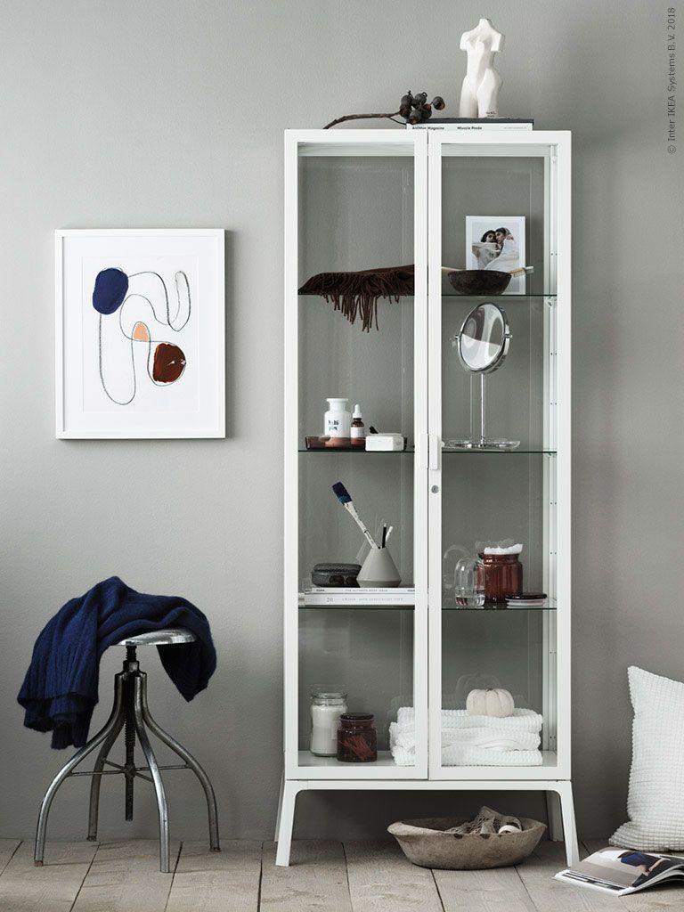 Milsbo Ett Inredningsrecept Ikea Sverige Livet Hemma Ikea Living Room Ikea Glass Cabinet Ikea Cabinets [ 1024 x 768 Pixel ]
