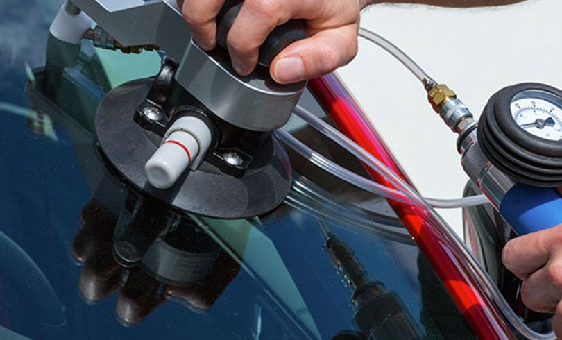 Auto Glass Repair Service   Windshield Replacement