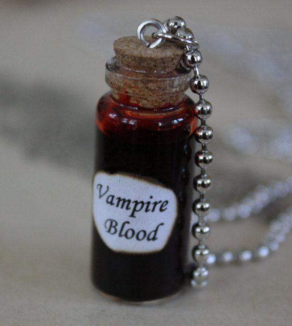 Flacone vetro collana - sangue di vampiro - Halloween