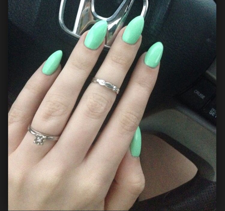 Mint green acrylics :)) + my new vintage rings | Nails | Pinterest ...