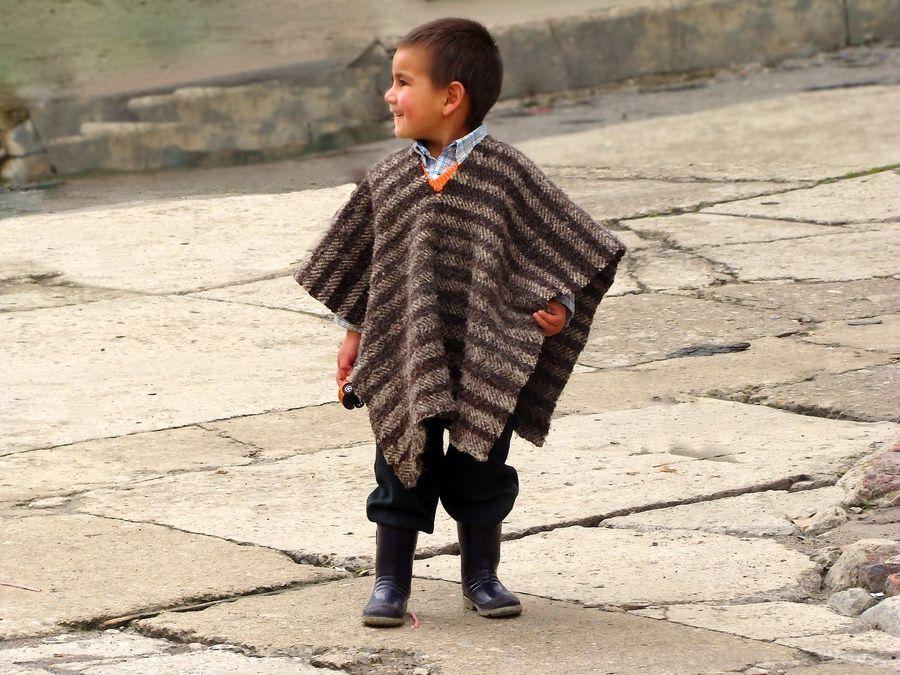 Enfant avec ruana - Colombie