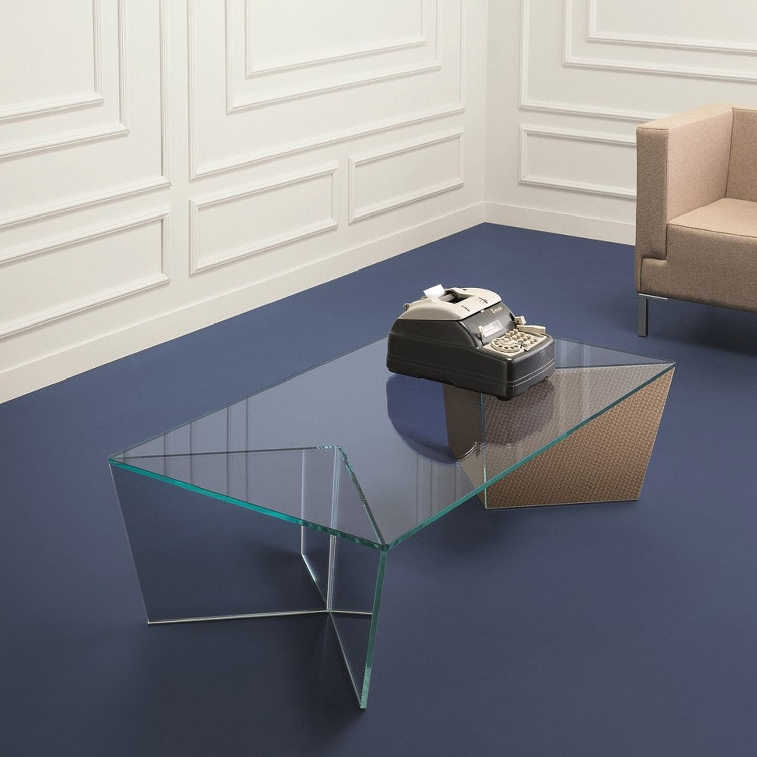 Curve Acrylic Coffee Table Google Search With Images Clear