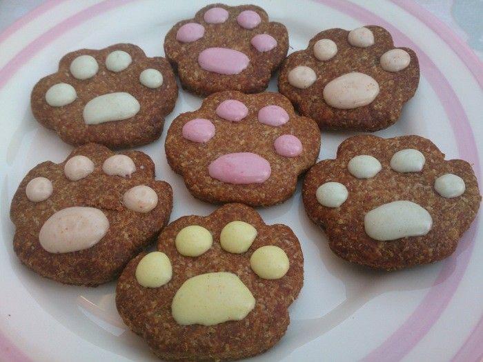 Luxury Pretty Paws Organic Dog Treats , £5.75 | Gourmet ...