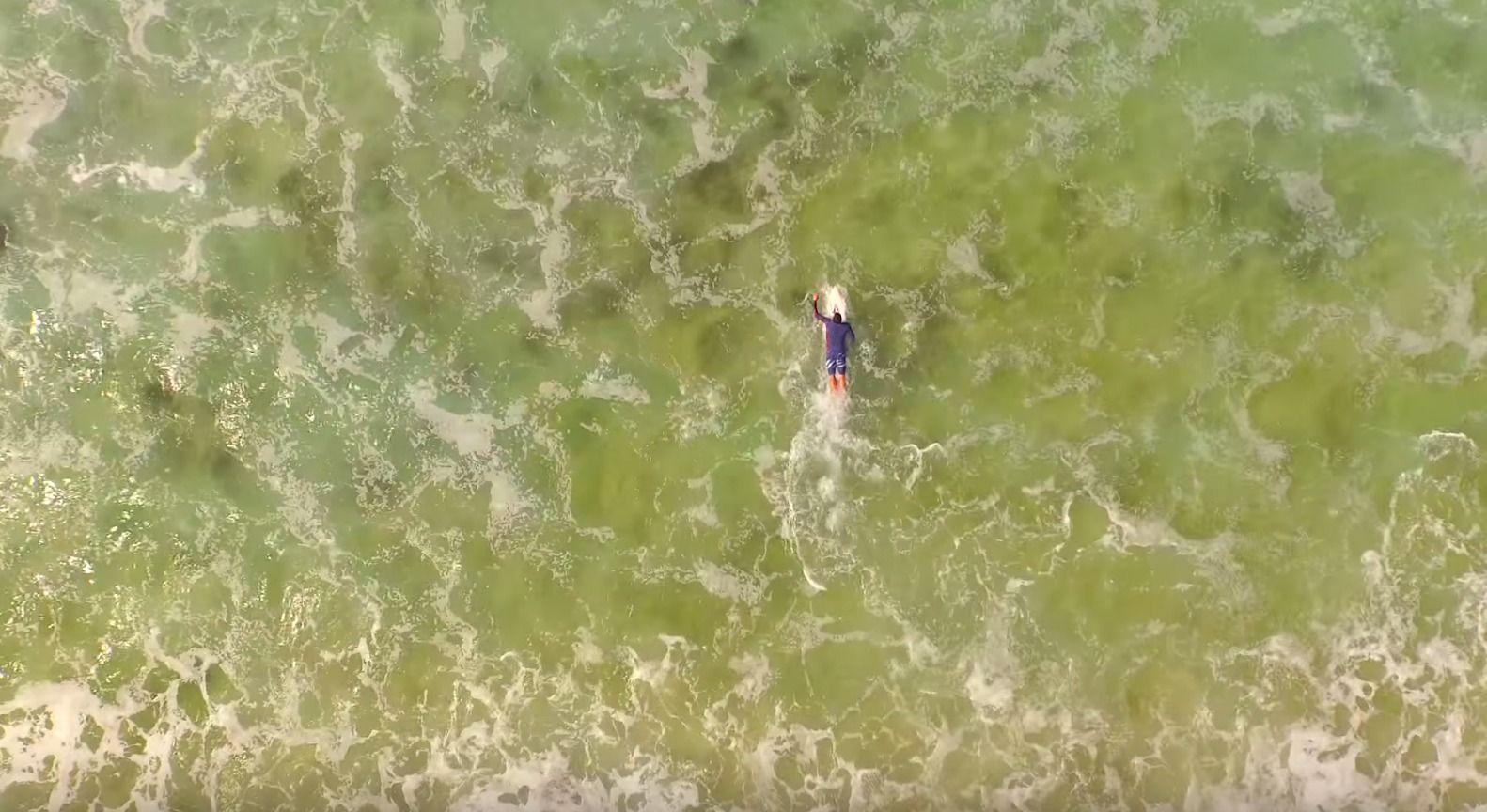 """Volcom presenta il primo episodio nella loro nuova serie """"Welcome To Water"""", uno dei migliori edit realizzati durante il prolifico inverno hawaiano. Con la presenza dei surfersKai Mana…"""