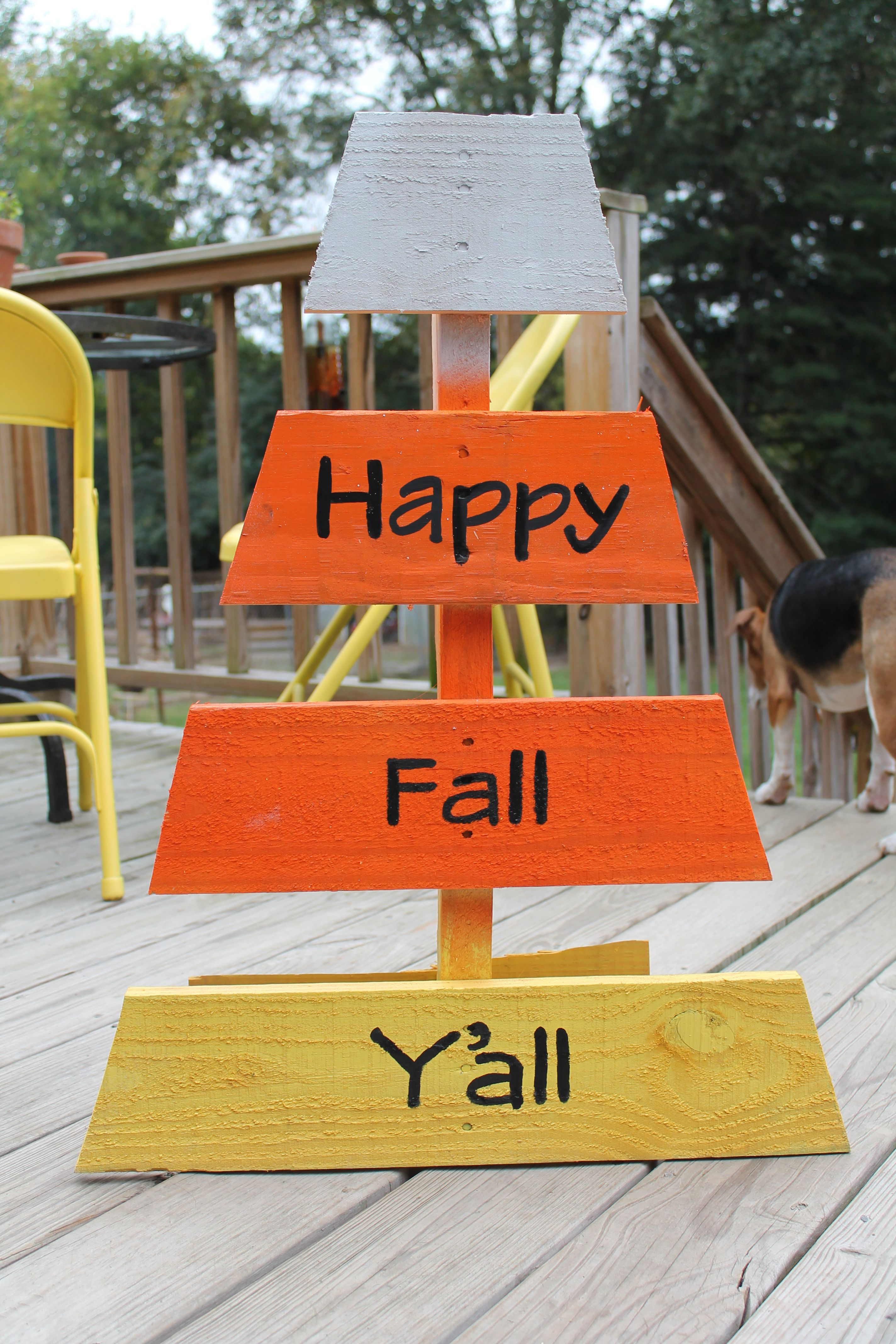 Candy Corn Made From An Old Pallet Fall Halloween Crafts Fall
