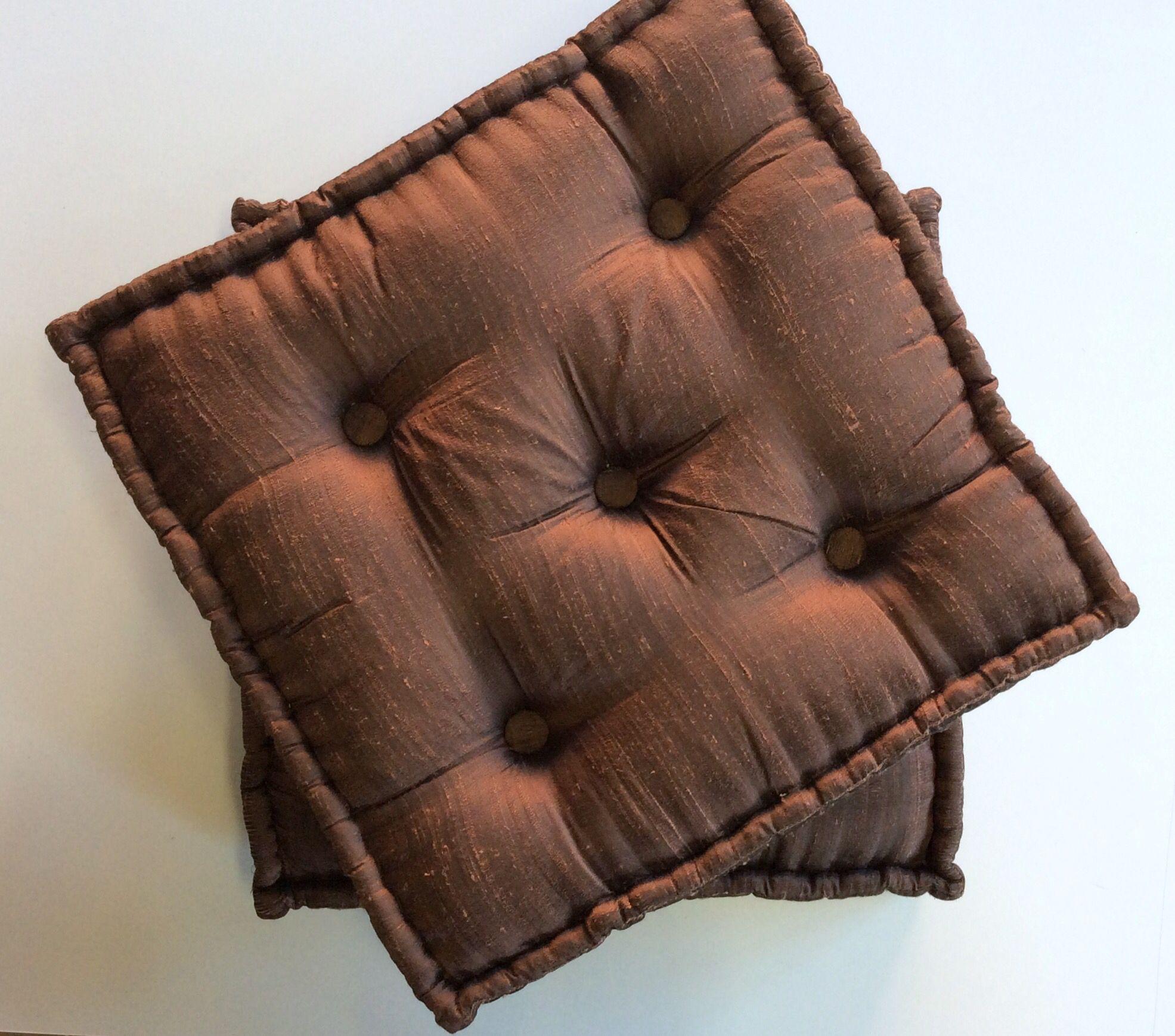 Cuscino Capitonnè Fai Da Te n.04 cuscini in raso colore marrone con capitonne. cm