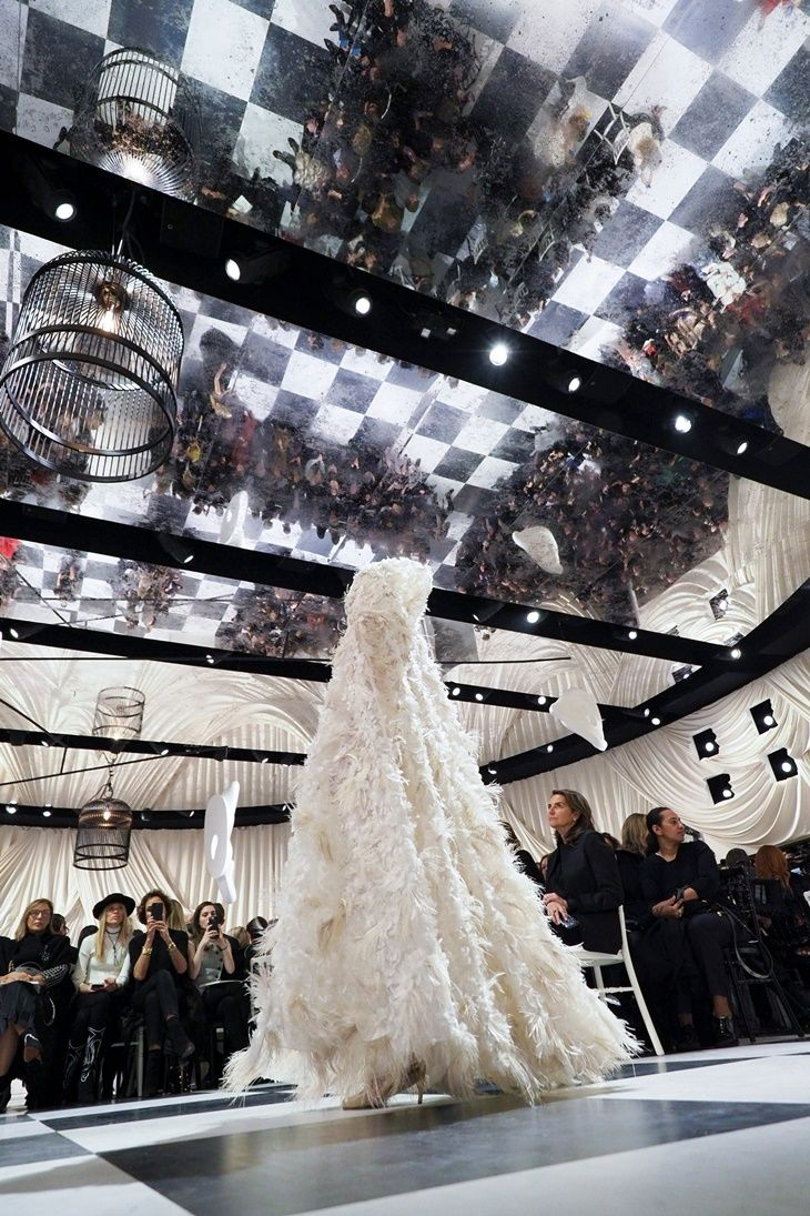 Dior Haute Couture #Runway #Dior