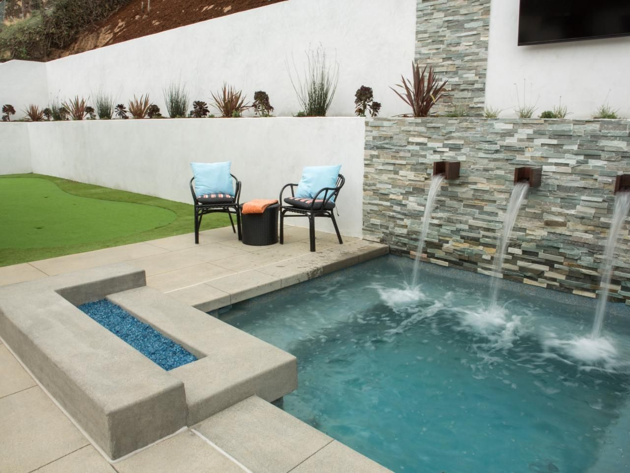 5 California Backyard Makeovers From 'Flip or Flop: Selling Summer'