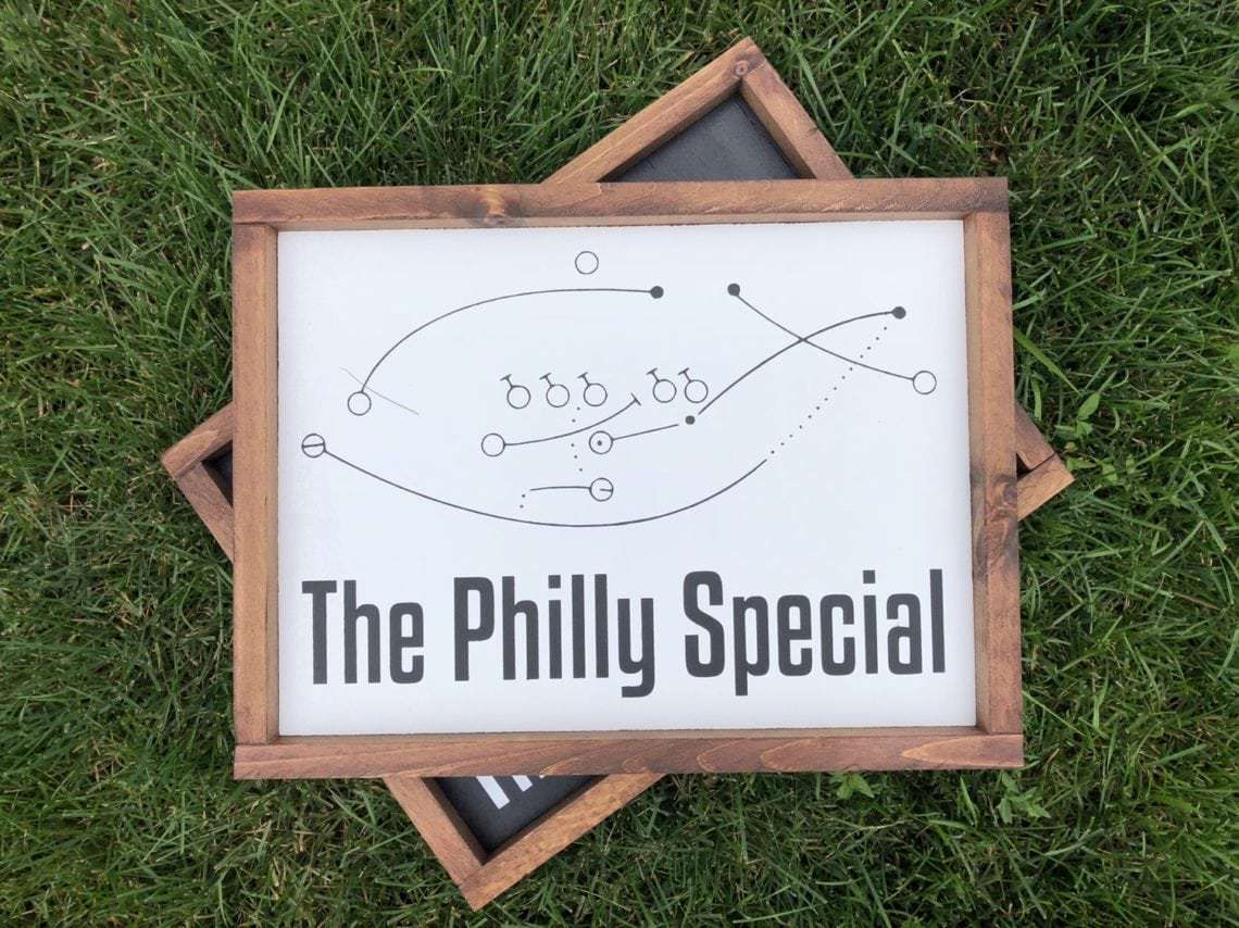 The Philly Special Wood Decor Thediydoghouse Wooddecor Philadelphiaeagles Eagles Philly Thephillyspecial Phillyphilly Wood Decor Wood Decor Signs Decor