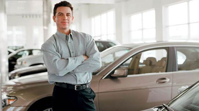 Average Car Salesman Salary 2018 How Much Do Car Salesmen Make Gazette Review Car Salesman Car Buying Sell Car