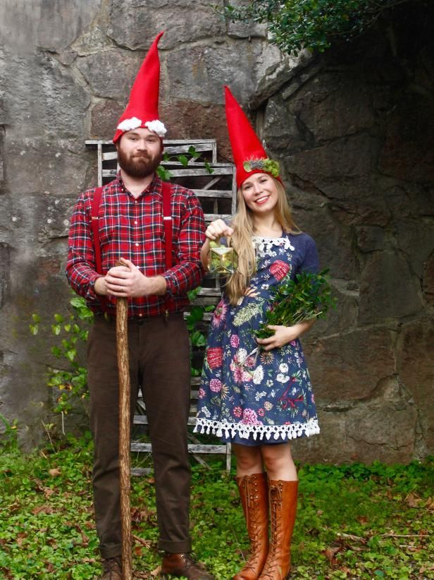 DIY Garden Gnome Halloween Costume - New Ideas #déguisementsdhalloweenfaitsmain