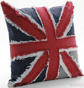 Awesome Union Jack Accent Cushion Idea