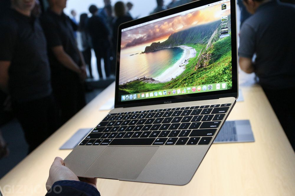 Apple S New Macbook Hands On Gorgeous Featherlight But A Bit Awkward New Macbook Apple New All Apple Products