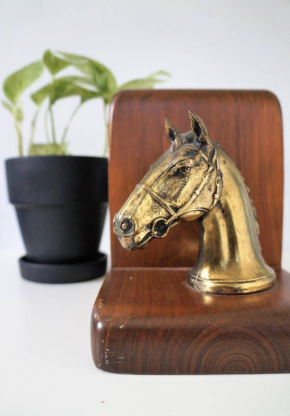 Vintage Horse Bookends Brass Wood Horse Head Bookends Vintage Bookends Midcentury Shelf Decor Equestrian Decor Western Decor Equestrian Style