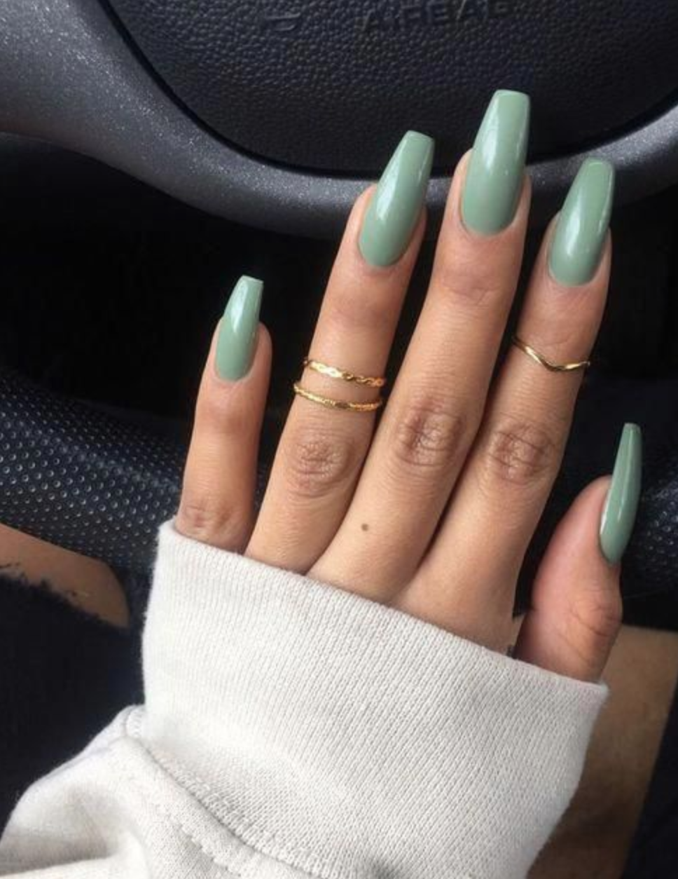 10 Popular Spring Nail Colors For 2020 An Unblurred Lady In 2020 Green Nails Mint Green Nails Summer Acrylic Nails