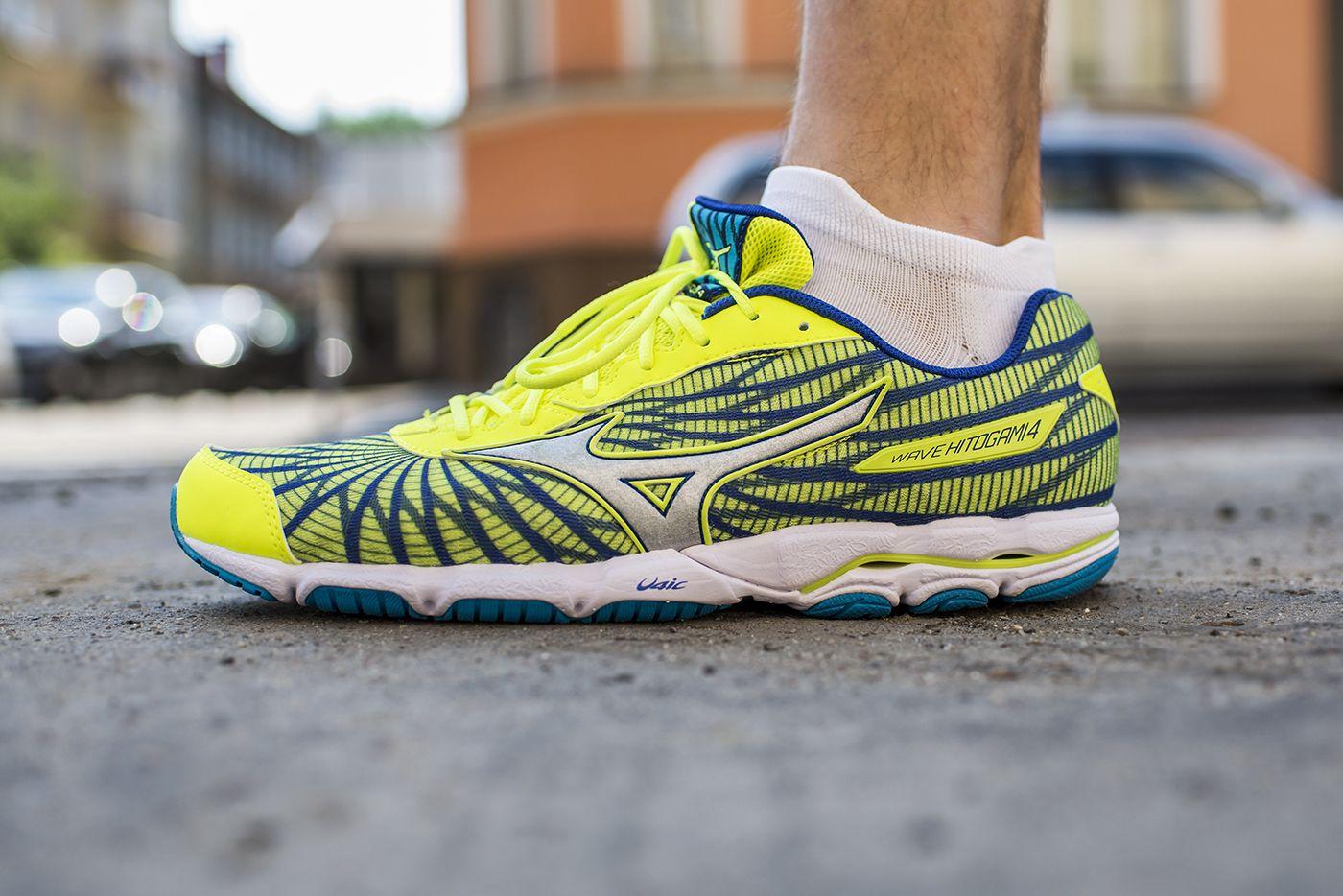 Mizuno Wave Hitogami 4 To But Startowy Przeznaczony Dla Osob Z Neutralnym Typem Stopy Running Shoes Hoka Running Shoes Sneakers