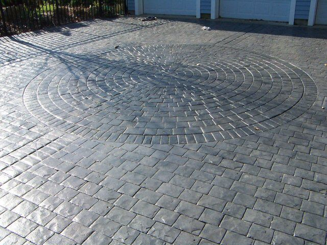 Stamped Concrete Driveway Using The Cobblestone Patterns