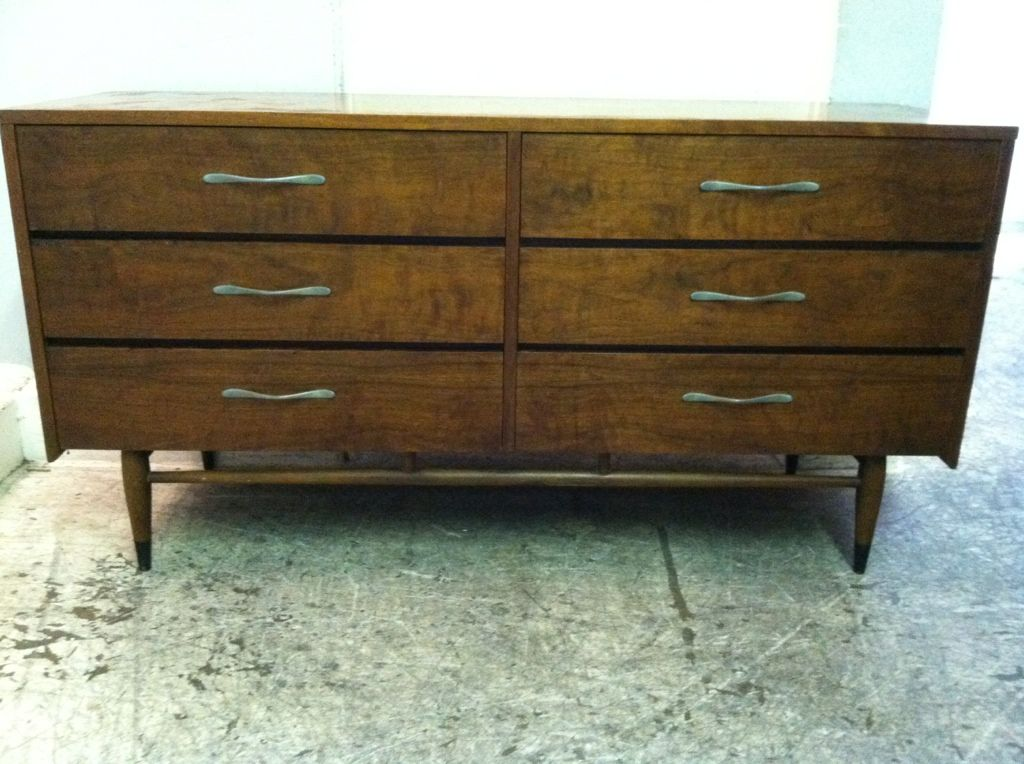 Los Angeles: Beautiful Iconic Mid-Century Modern 6-Drawer Dresser by Lane - Acclaim $400 - http://furnishlyst.com/listings/1127516