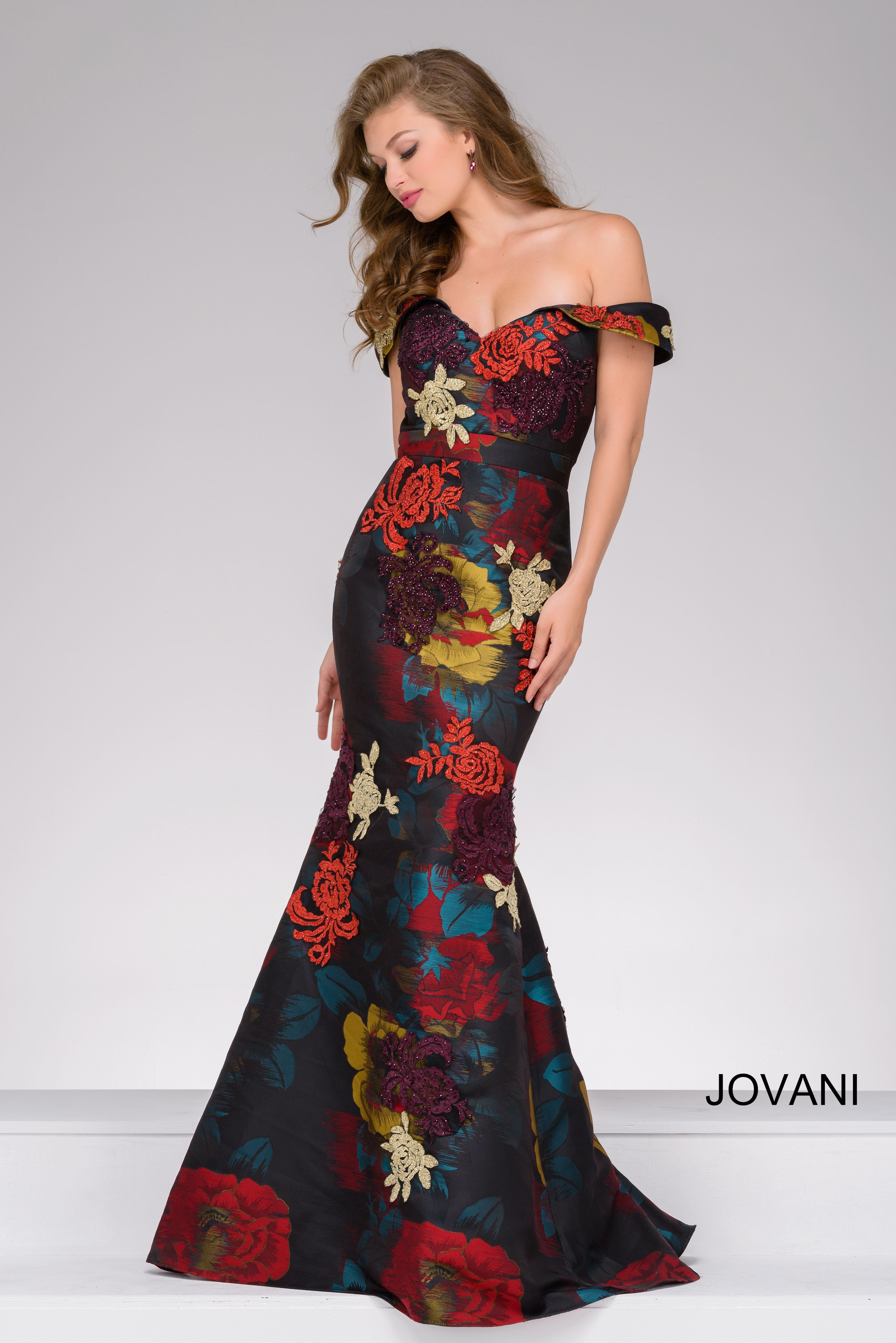 a073bb58fe Encuentra sólo en BellaGala los vestidos de Jovani que se ajustan  perfectamente a tu cuerpo.