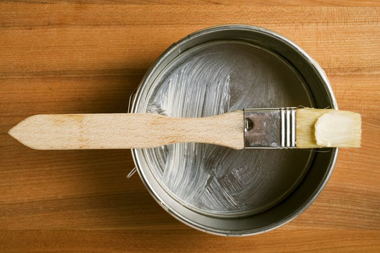 How to grease a cake pan tips and best methods cake