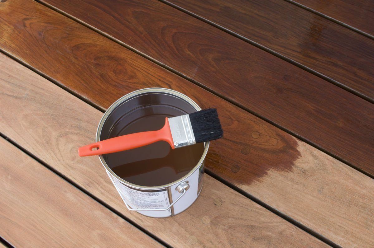 The Best Deck Stains According To Diyers Best Deck Stain Deck Stain Reviews Cool Deck
