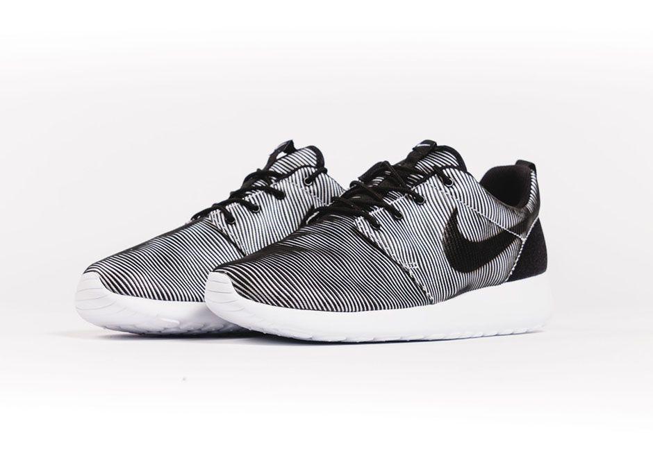 Nike Roshe Une Prime Plus Les Points Camo Siège