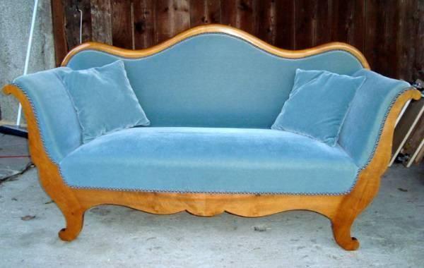 Biedermeier Sofa Mit 2 Kissen In Siebnen Kaufen Bei Ricardo Ch Biedermeier Sofa Wolle Kaufen Barock Sofa