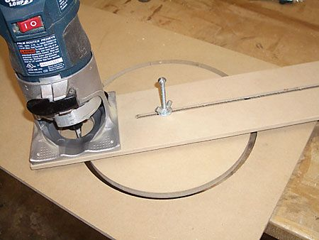 Cutting a Perfect Circle with a Router Guitarra herramientas