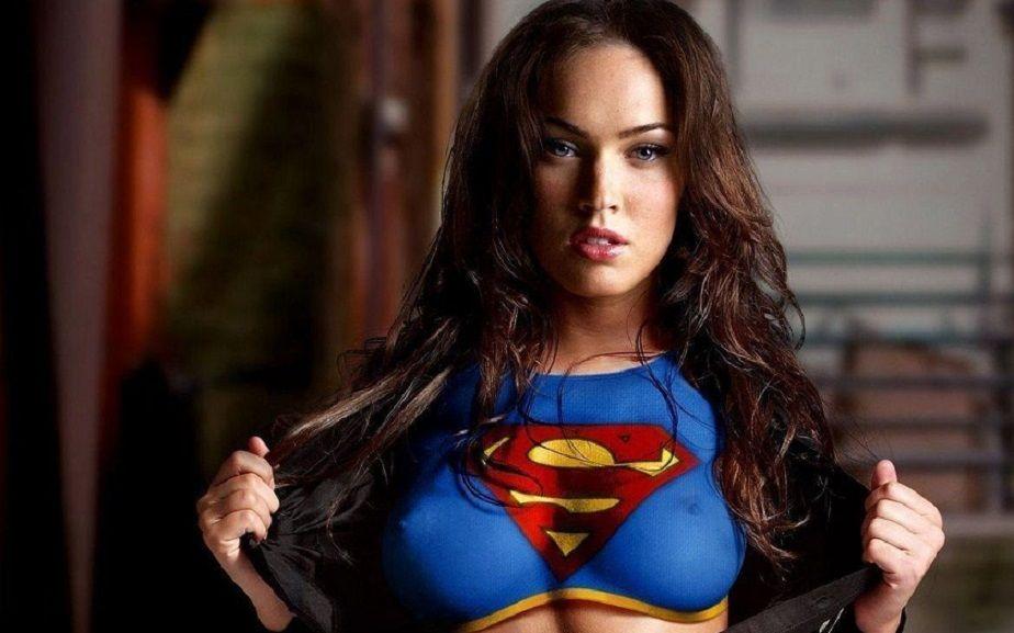 Megan Fox Age 27 Megan Fox Photos Megan Fox Wallpaper Supergirl Costume