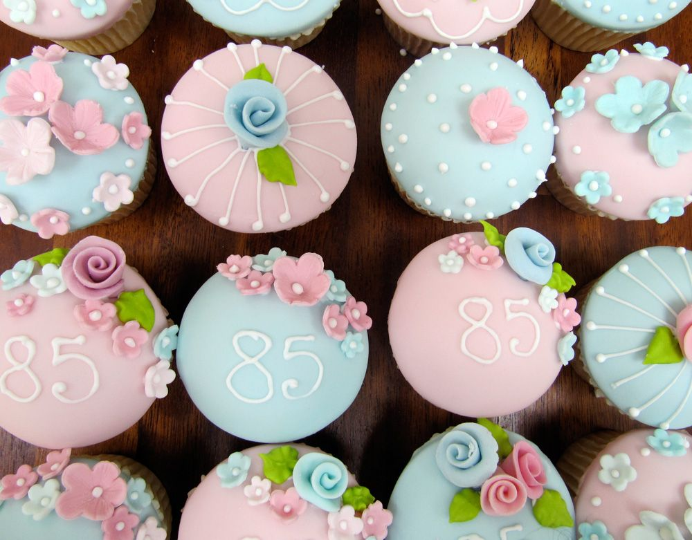 Rosalind Miller Cakes 85th Birthday Cupcakes Fancy Cakes
