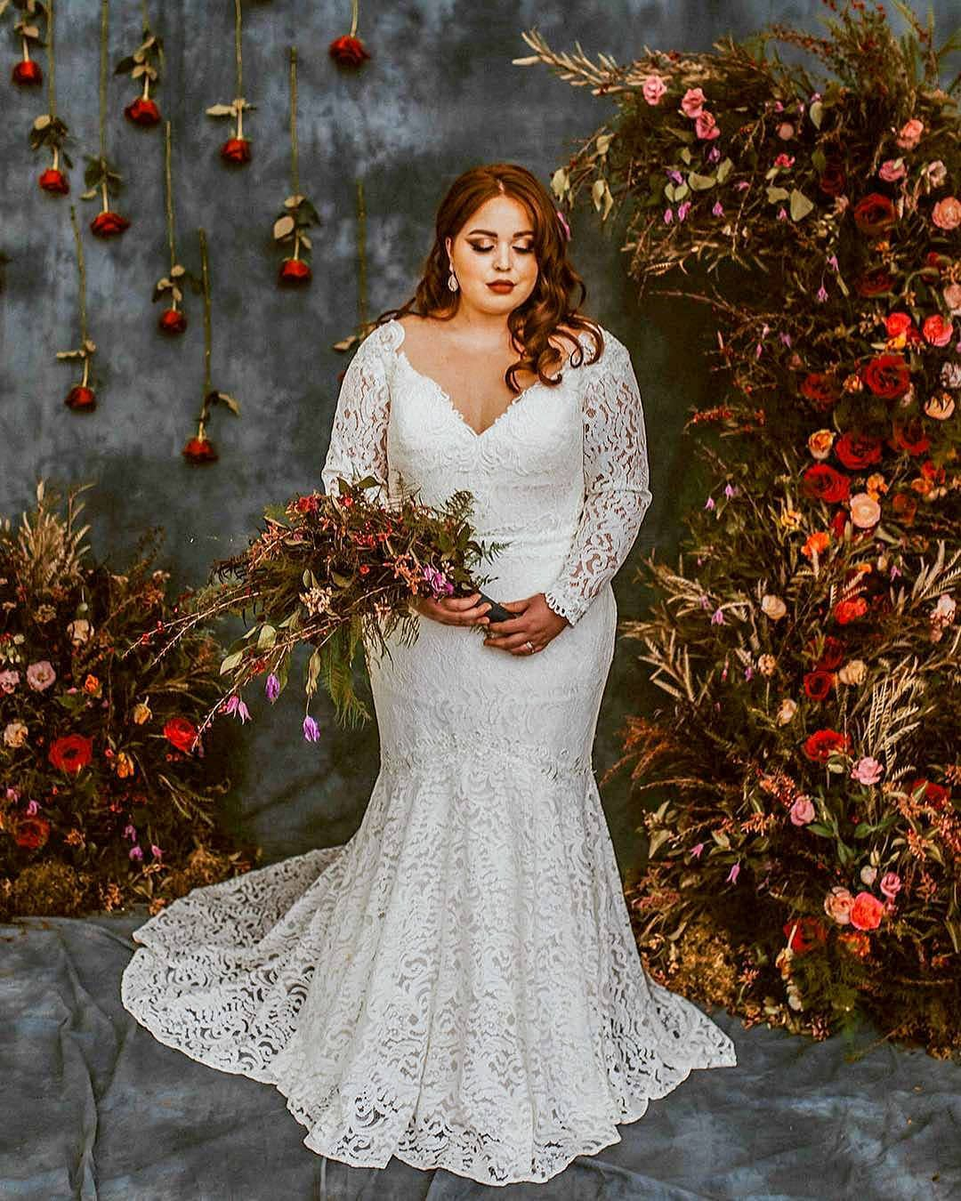 Plus Size Mermaid Boho Lace Wedding Dress With Off Shoulder Lace