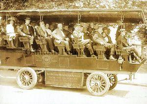 Washington DC tour bus