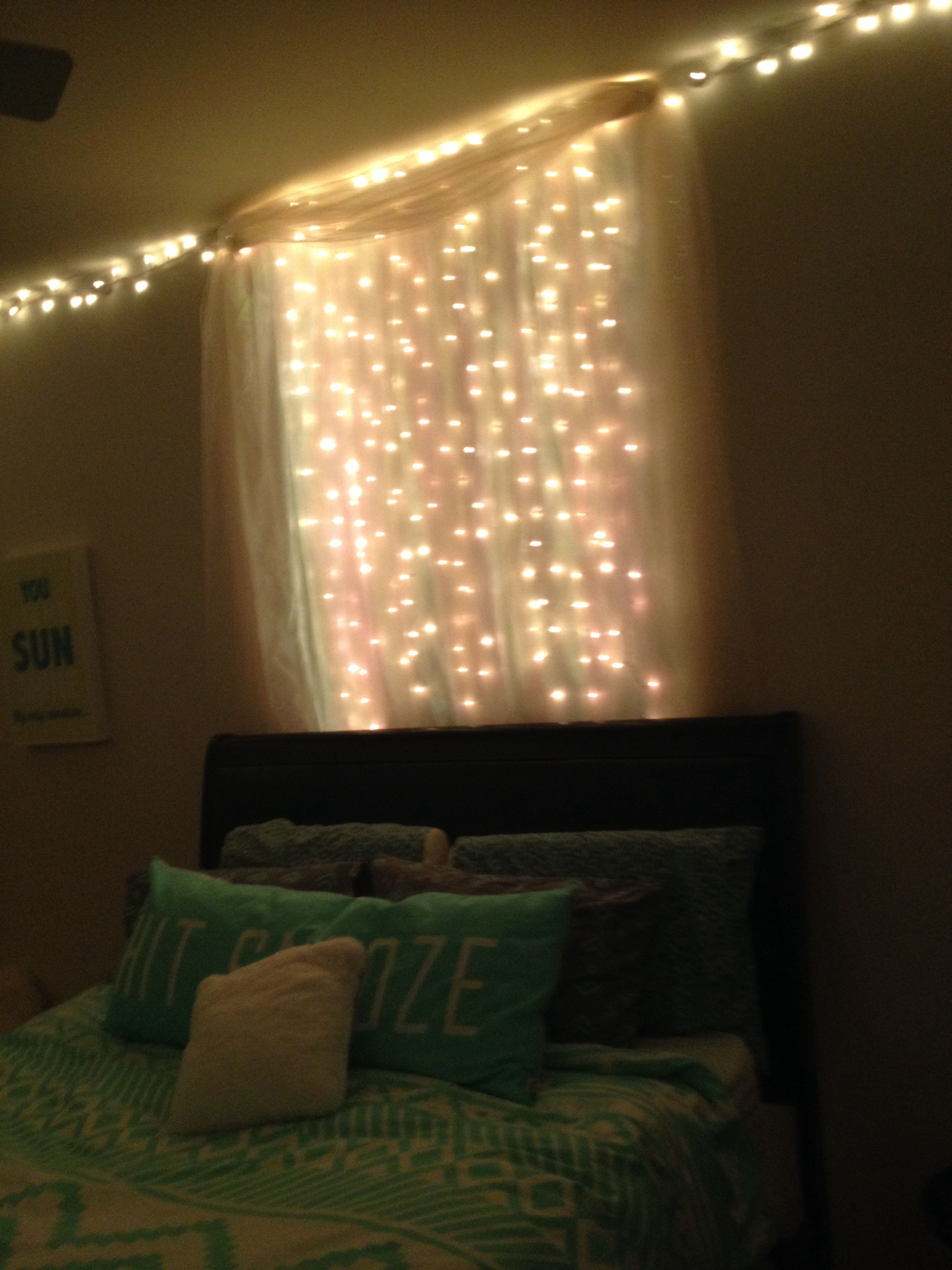 Dorm Safe String Lights : #lights bedroom lights, maybe dorm room. super easy. string lights, tulle, thumbtacks. good luck ...