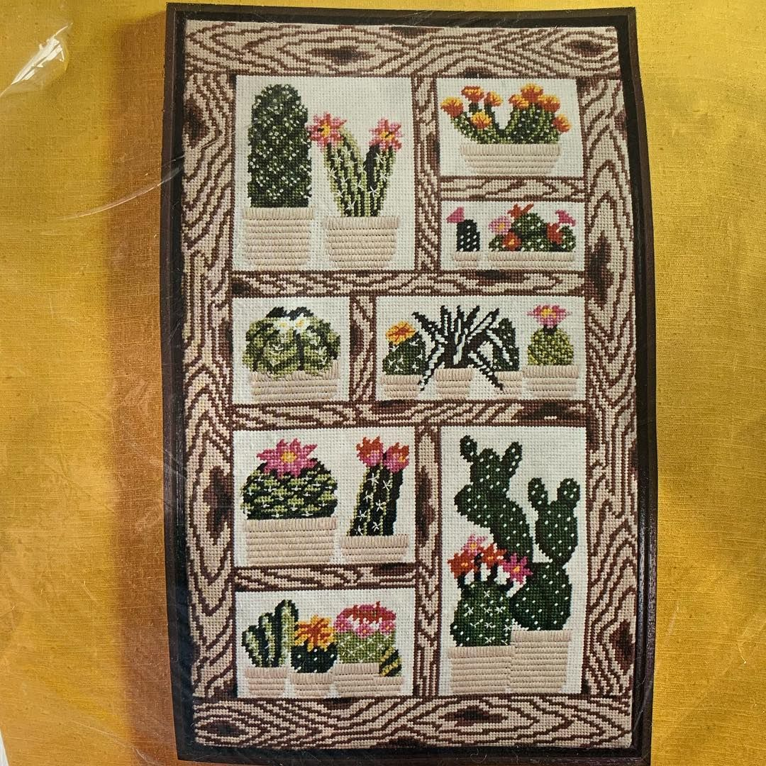 Chelsea Eccentric Garden Kit Needlepoint Kits Tapestry Kits