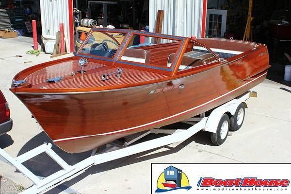 Gorgeous 1960 Chris-Craft Utility Sportsman 24' with 283 V8 motor