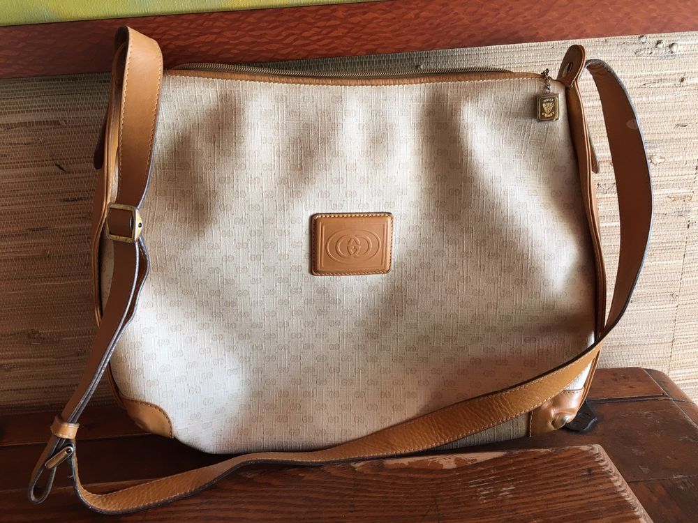5bc1754a03f7 Vintage Gucci Crossbody Women s Purse - Canvas with Leather Trim  fashion   clothing  shoes