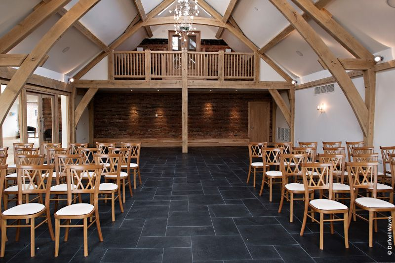 Barn Venues Mythe Wedding Venue In Warwickshire