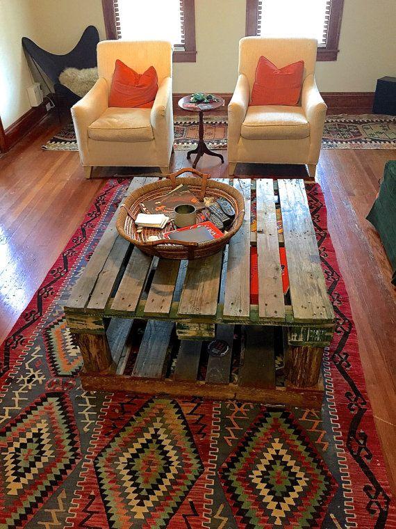 Wood Pallet Tabel by MyMarlowe on Etsy