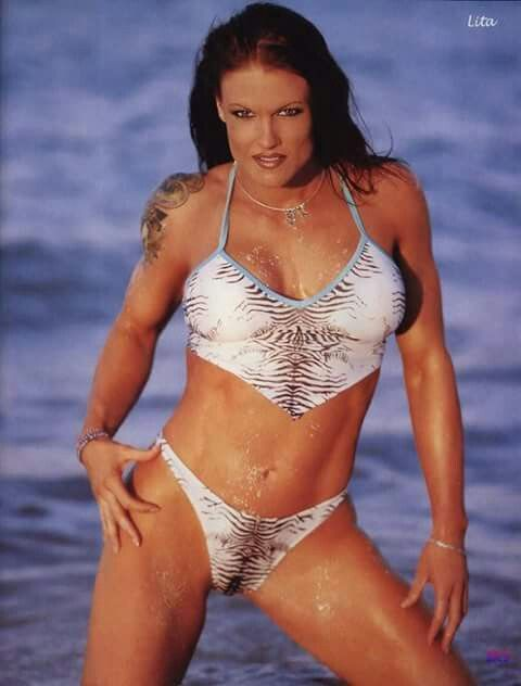 bikini dumas in Amy