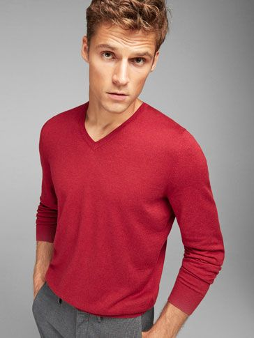 f05f298a3e8d MEN´s V-neck Sweaters at Massimo Dutti online. Enter now and view our  autumn winter 2016 V-neck Sweaters collection. Effortless elegance!