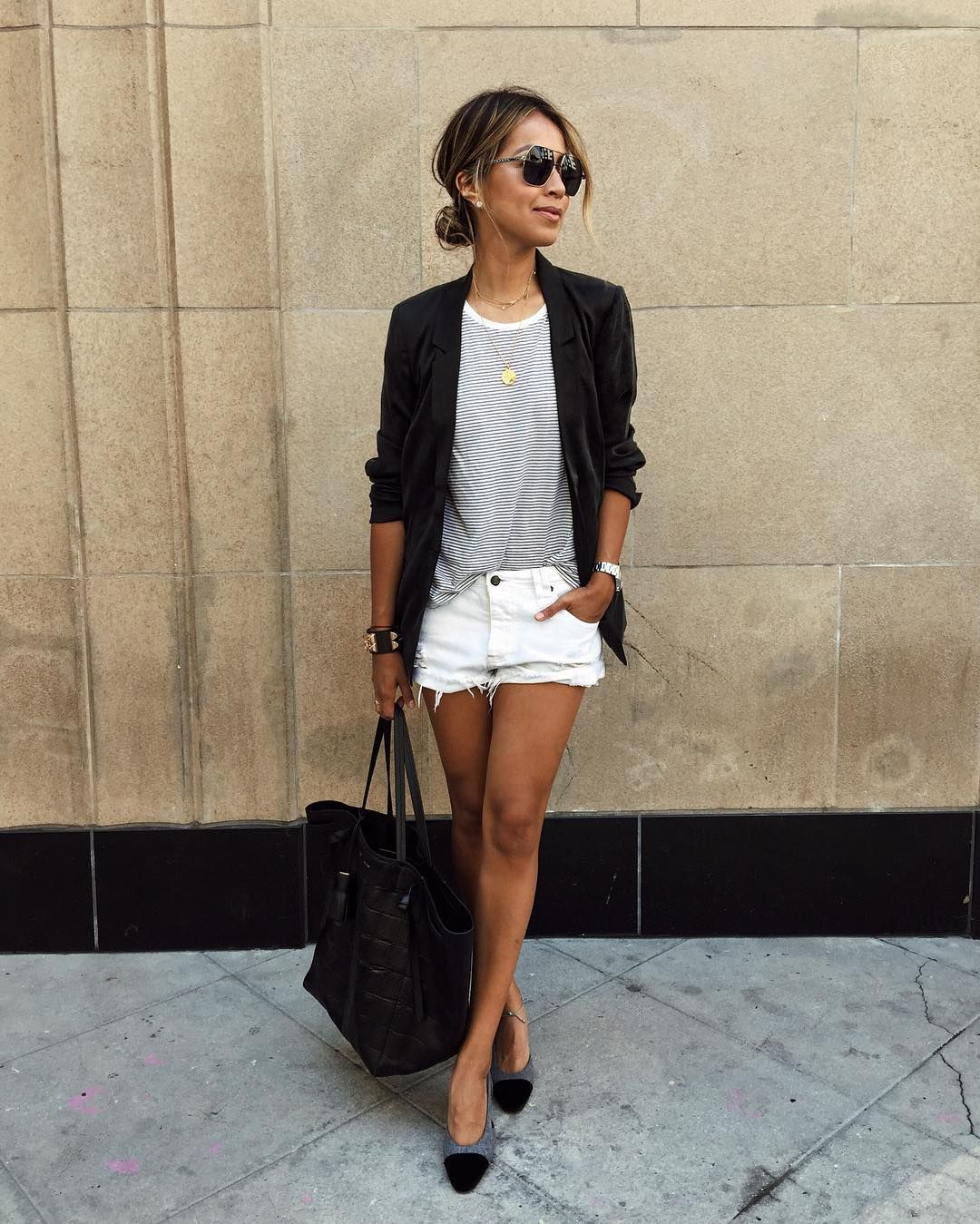 "JULIE SARIÑANA on Instagram: ""Combo that never fails. ✔️ | @shop_sincerelyjules shorts, @paigedenim blazer"""