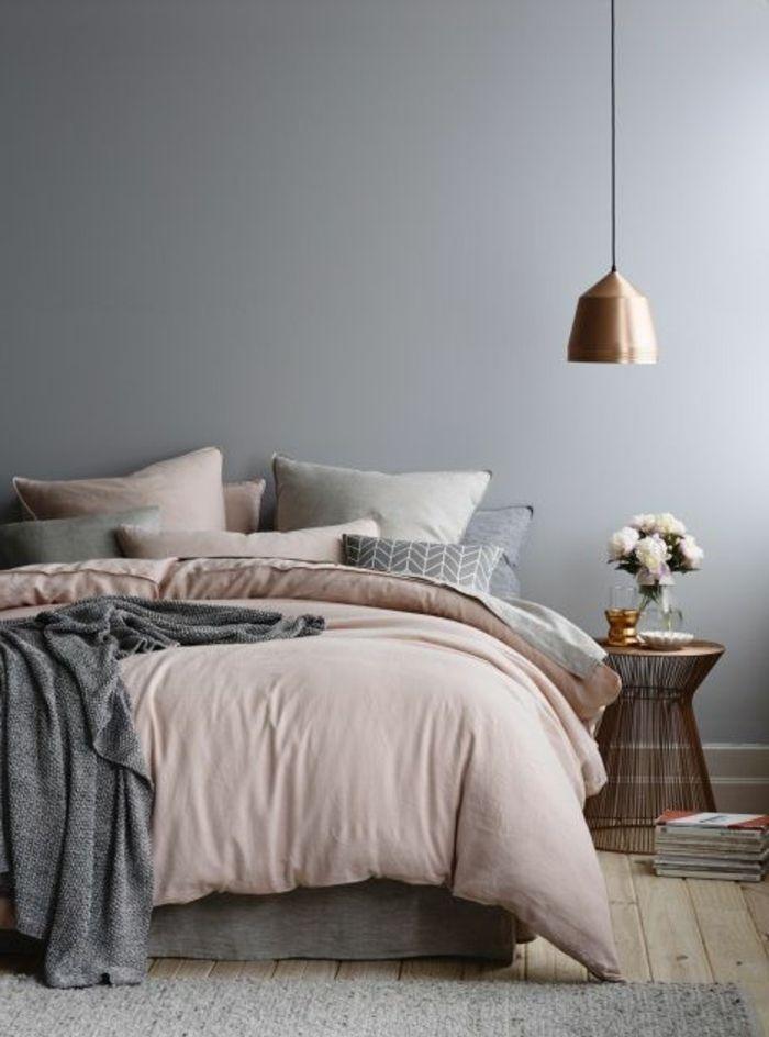 Interessante Graue Farbe Für Schlafzimmer   Lampe Neben Dem Bett