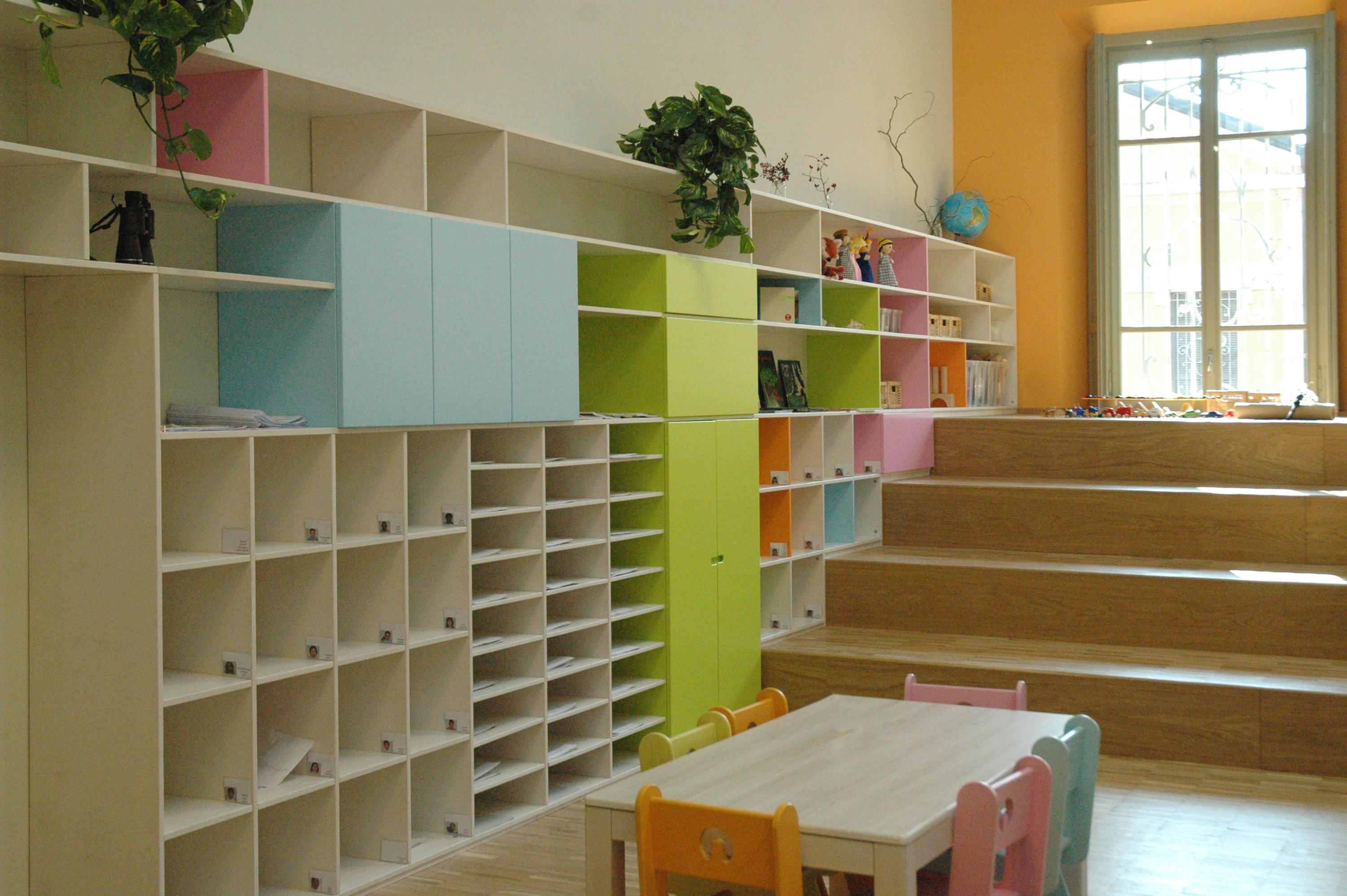 Libreria in linea design by zpz partners play solid librerie e
