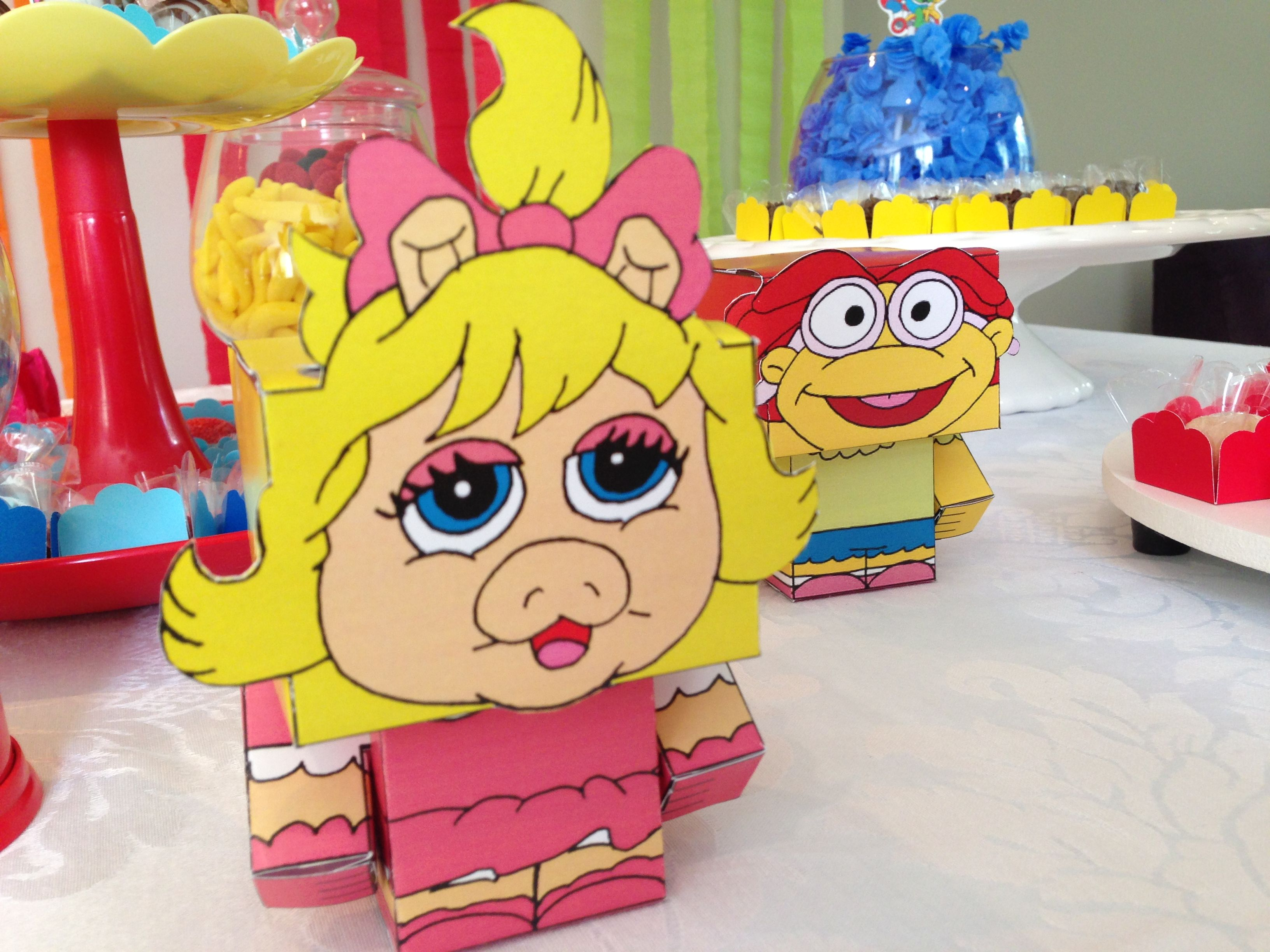 Detalhe Da Piggy Na Mesa Dos Muppet Babies 1st Birthday